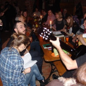 Gitarą i piórem...czyli śpiewanki