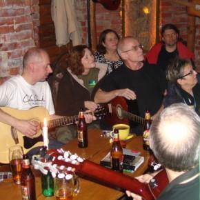 Gitarą i piórem... czyli śpiewanki