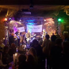 Toolmaker....czyli wieczór z bluesem rockiem i poezją.
